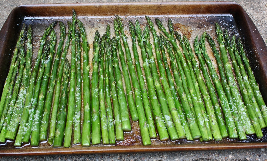 ... Spring Quesadillas & Oven Roasted Asparagus | 4 little Fergusons