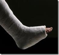 leg_in_cast
