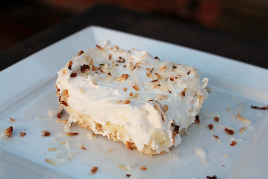 Pinterested: Coconut Cream Pie Bars | 4 little Fergusons
