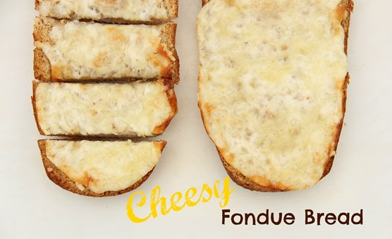 Cheesy Fondue Bread
