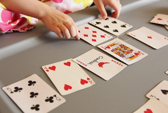Playing Trash: A Fun Kids Card Game (1/6)