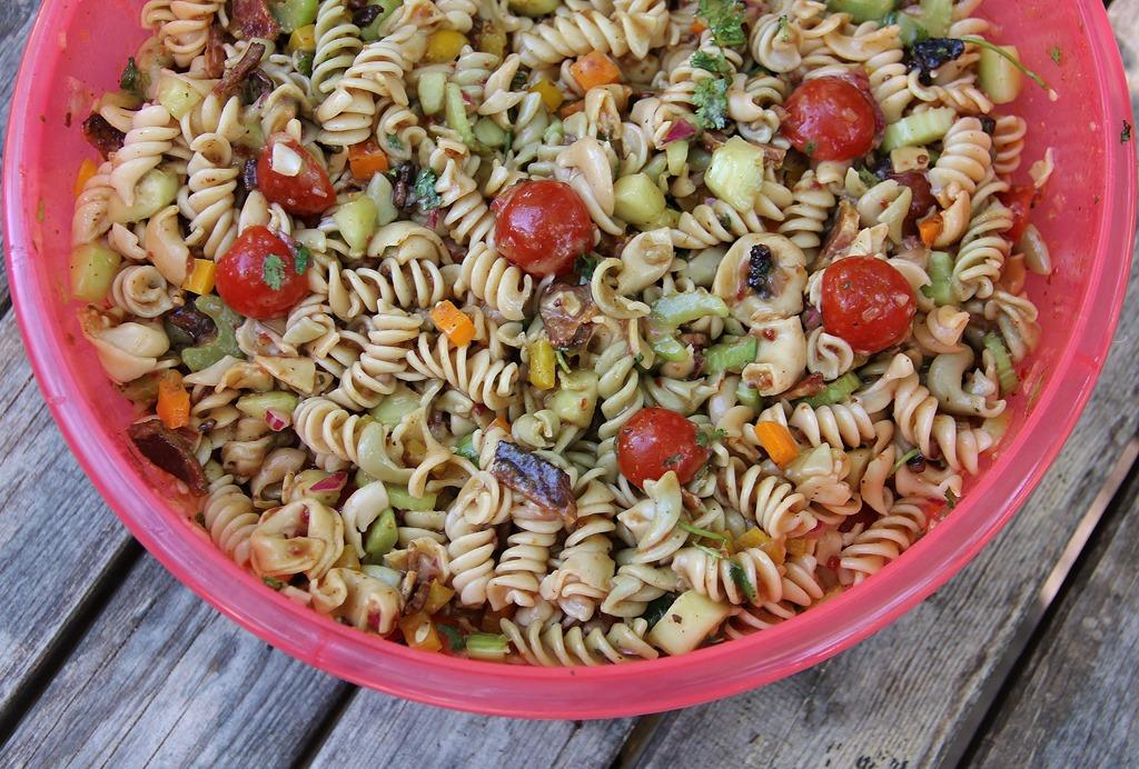 4th of July Bacon Tortellini Pasta Salad | 4 little Fergusons