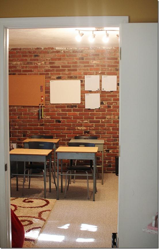 Welcome to 4 Oaks Academy! (3/6)